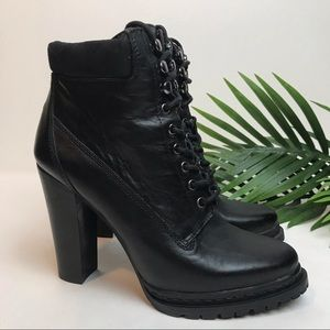 BCBGeneration Maude Lace Up Heel Combat Boot Sz 8